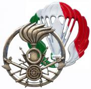 Headgears Badges of Army Italy